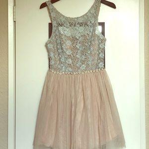 City Triangles Juniors Dress